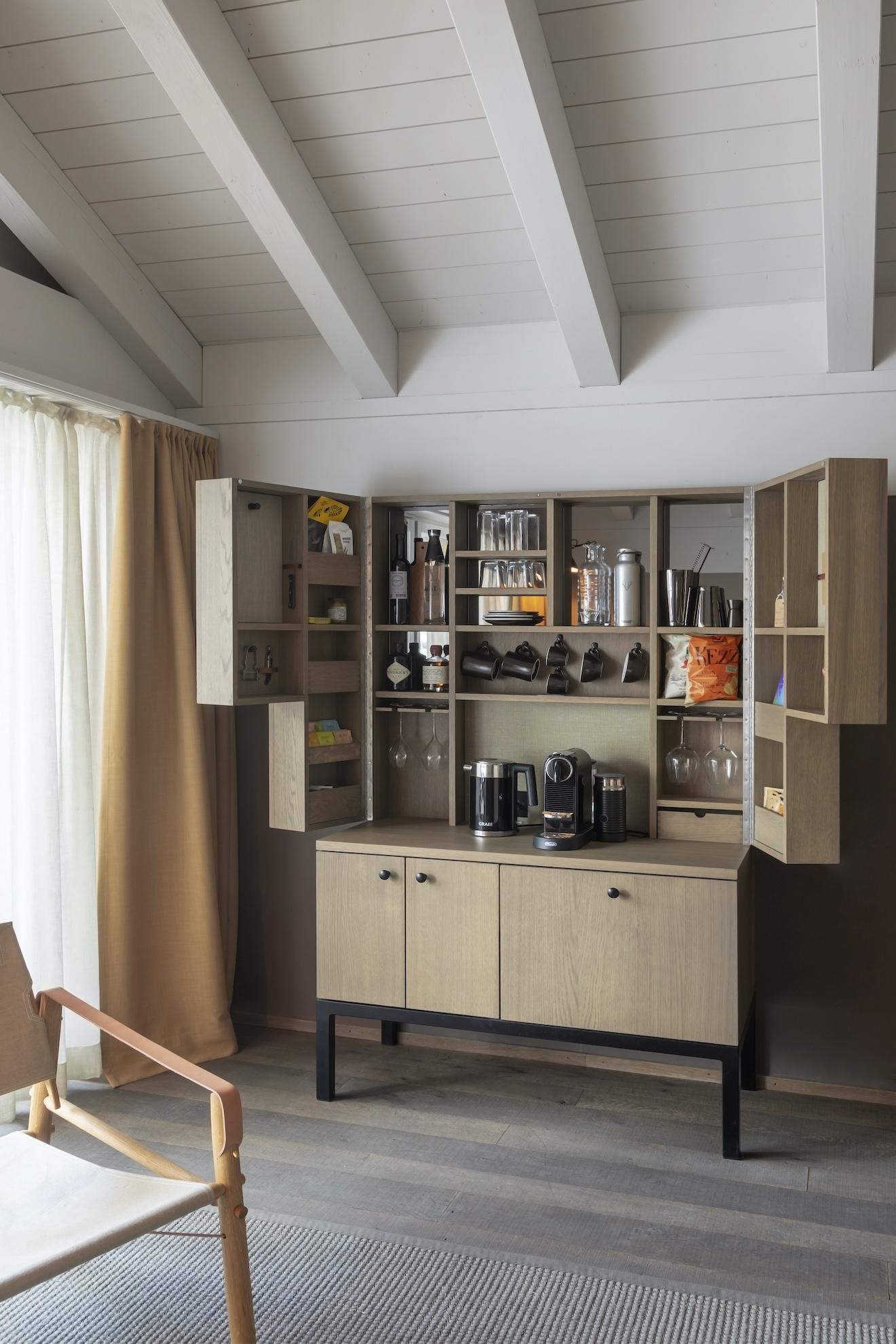 CERVO style minibar